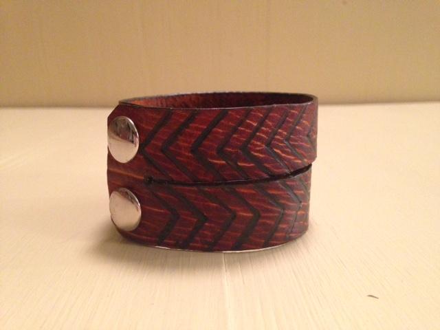 Chev bracelet1.JPG