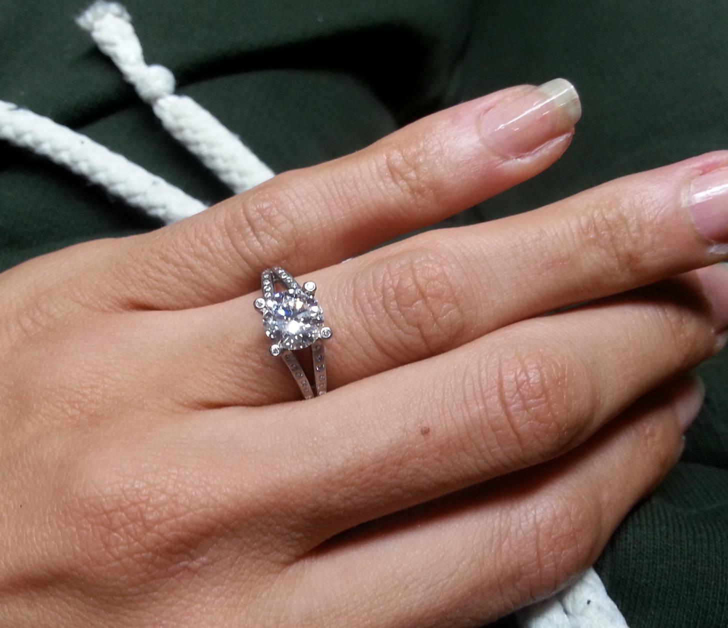 White Diamond Solitaire