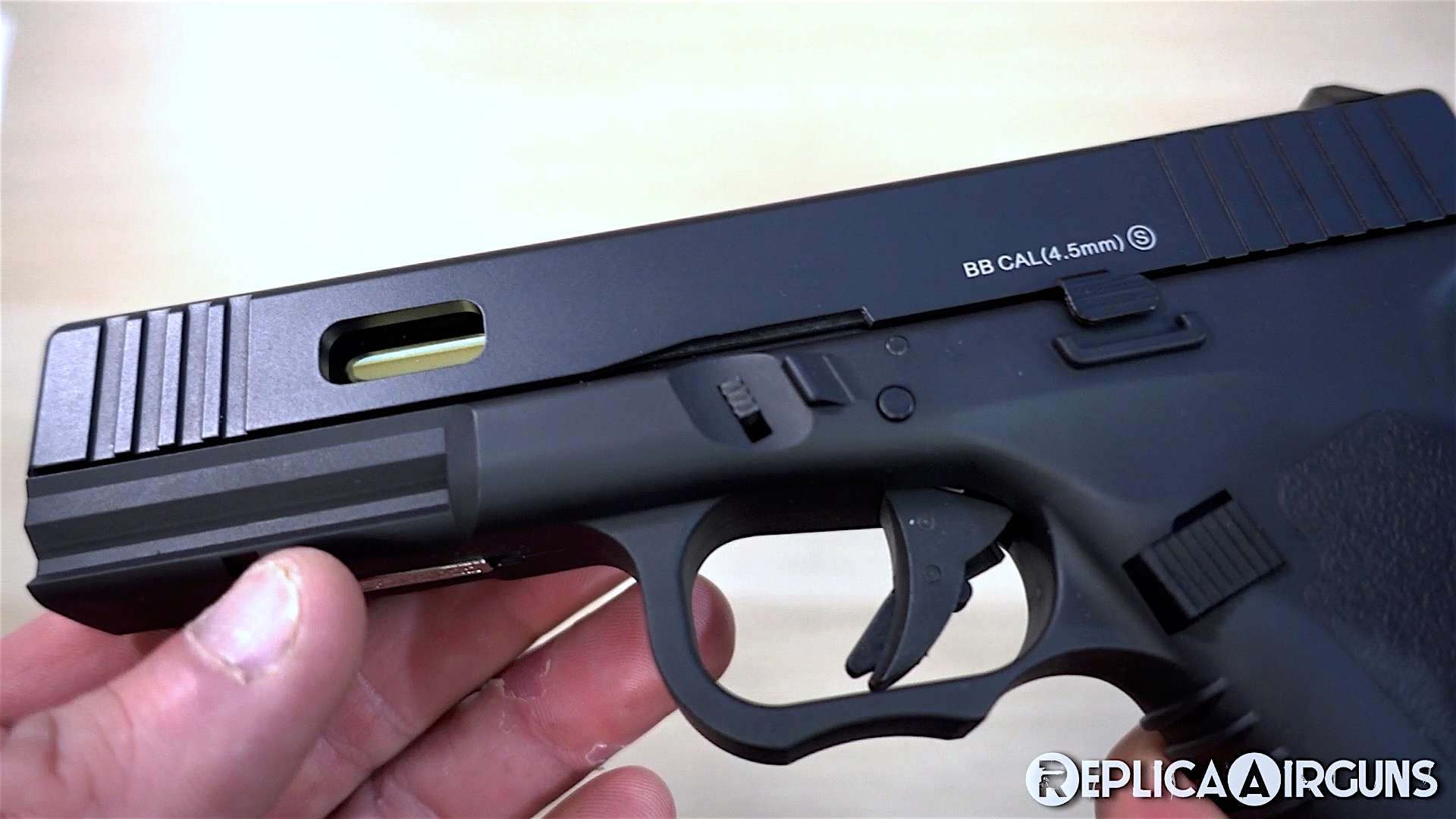 KWC K17 CO2 Blowback BB Pistol Left Side Closed.jpg