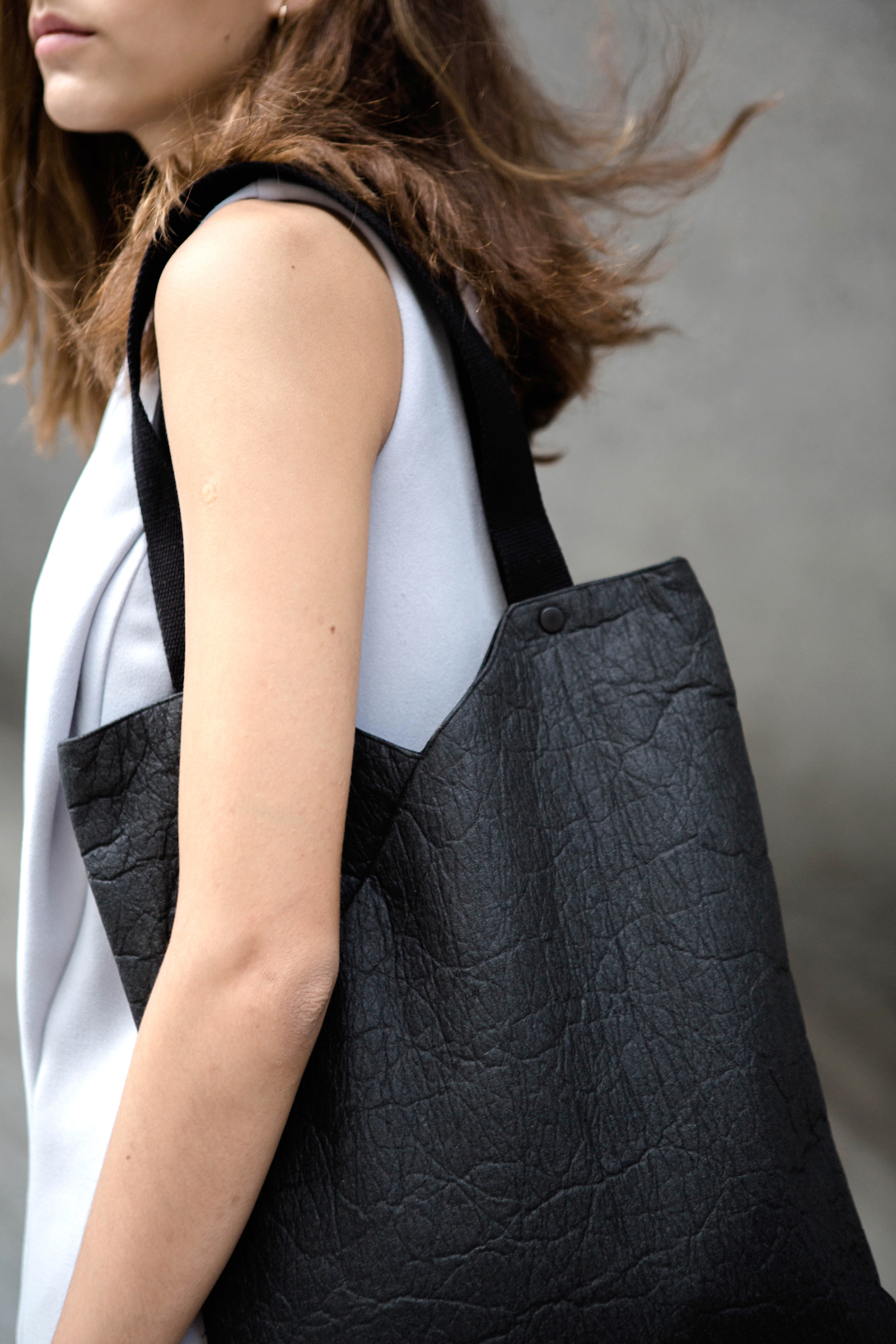 Piñatex NOTCH Tote Bag in Charcoal