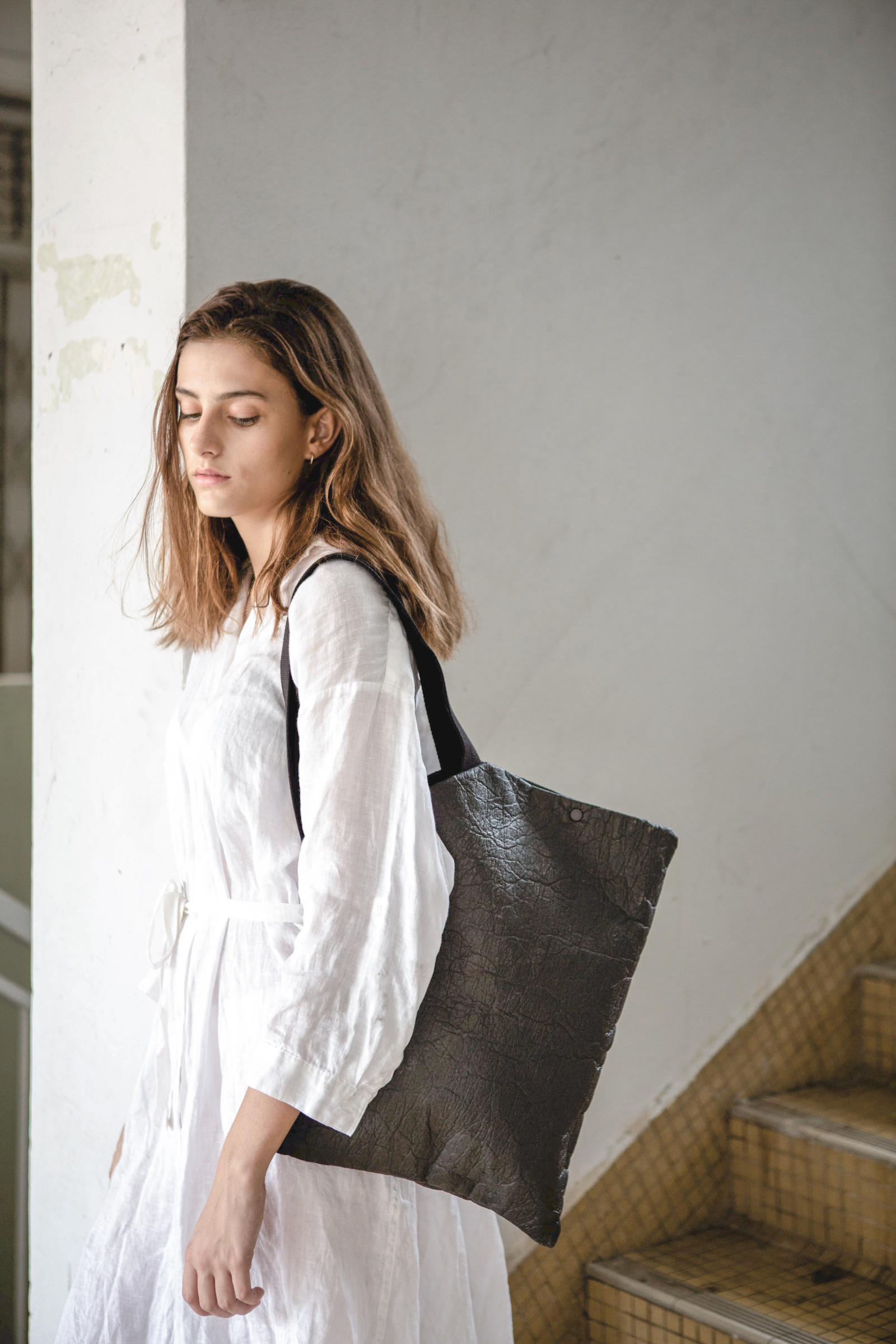Piñatex DIAGONAL Tote Bag in Charcoal