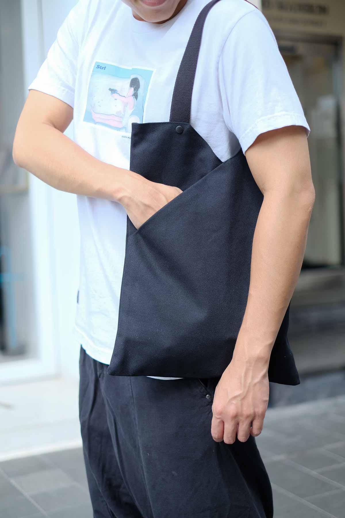 NOTCH Bag in Black