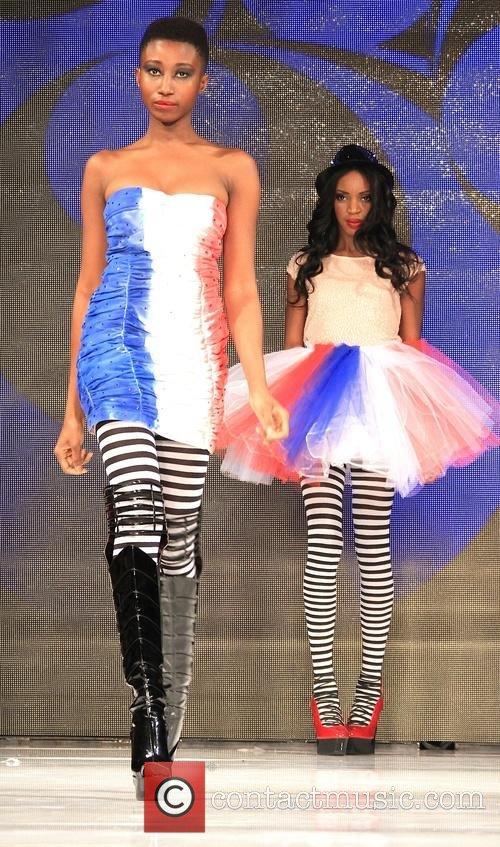 models-art-hearts-fashion-week-l-a-fall_4631580.jpg