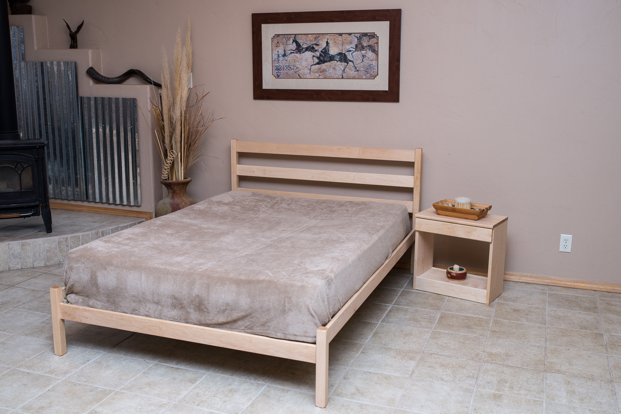 Pinon Bed shown in Maple