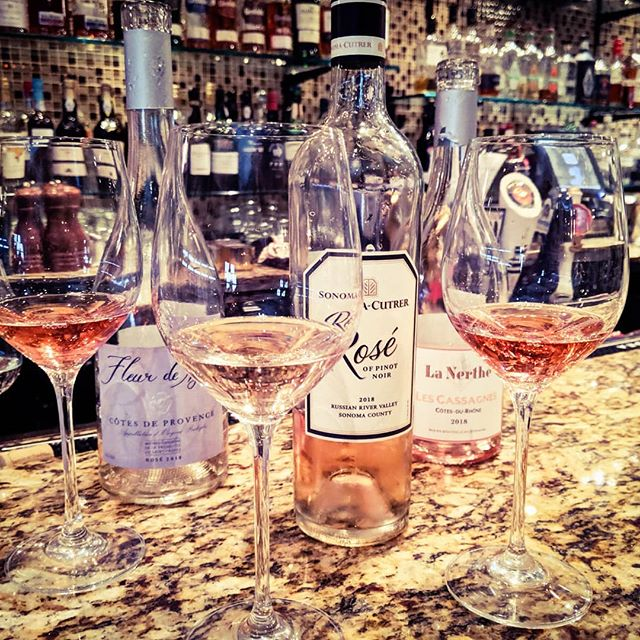 Hey, it's National Wine Day-Let's Rosé!! New Rosés just joined our wine list! . . . . . #rose #roseallday #nationalwineday #wine #winetime #chicago #do312 #chicagowine #winegeek #wino  #chicagofoodie #chicagofoodmag #chicagoeats #chicagofoodscene #chicagofoodauthority #chicagogram