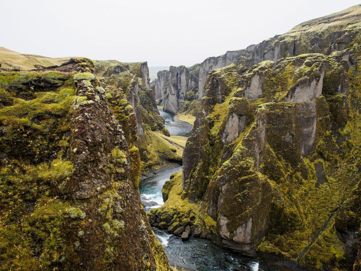 Þingvellir National Park - 64°15′29″N 21°07′30″W