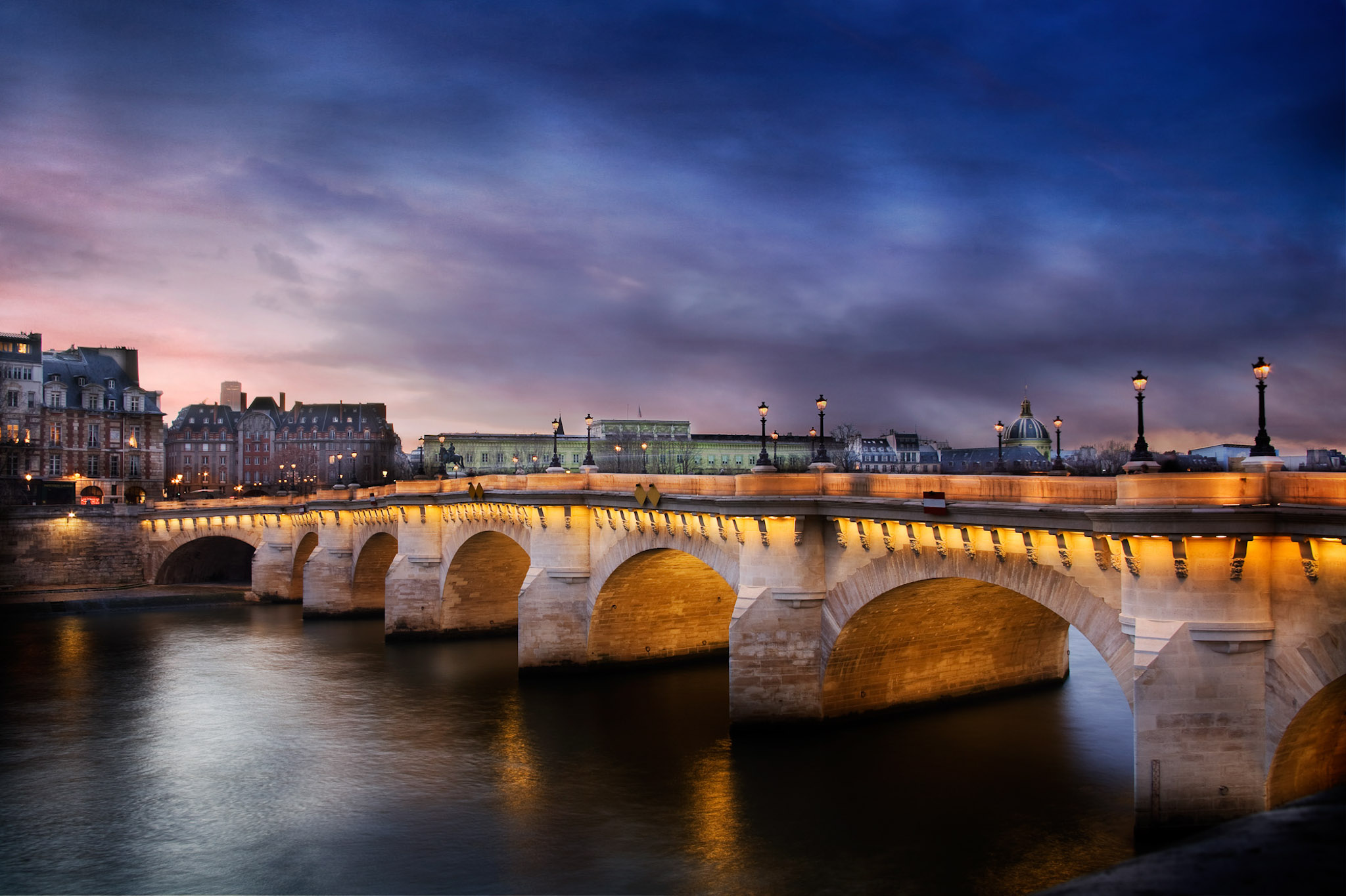 The first shot of the Pont Neuf that I got that I really liked. I have shot this bridge over 80 times with many different technics.