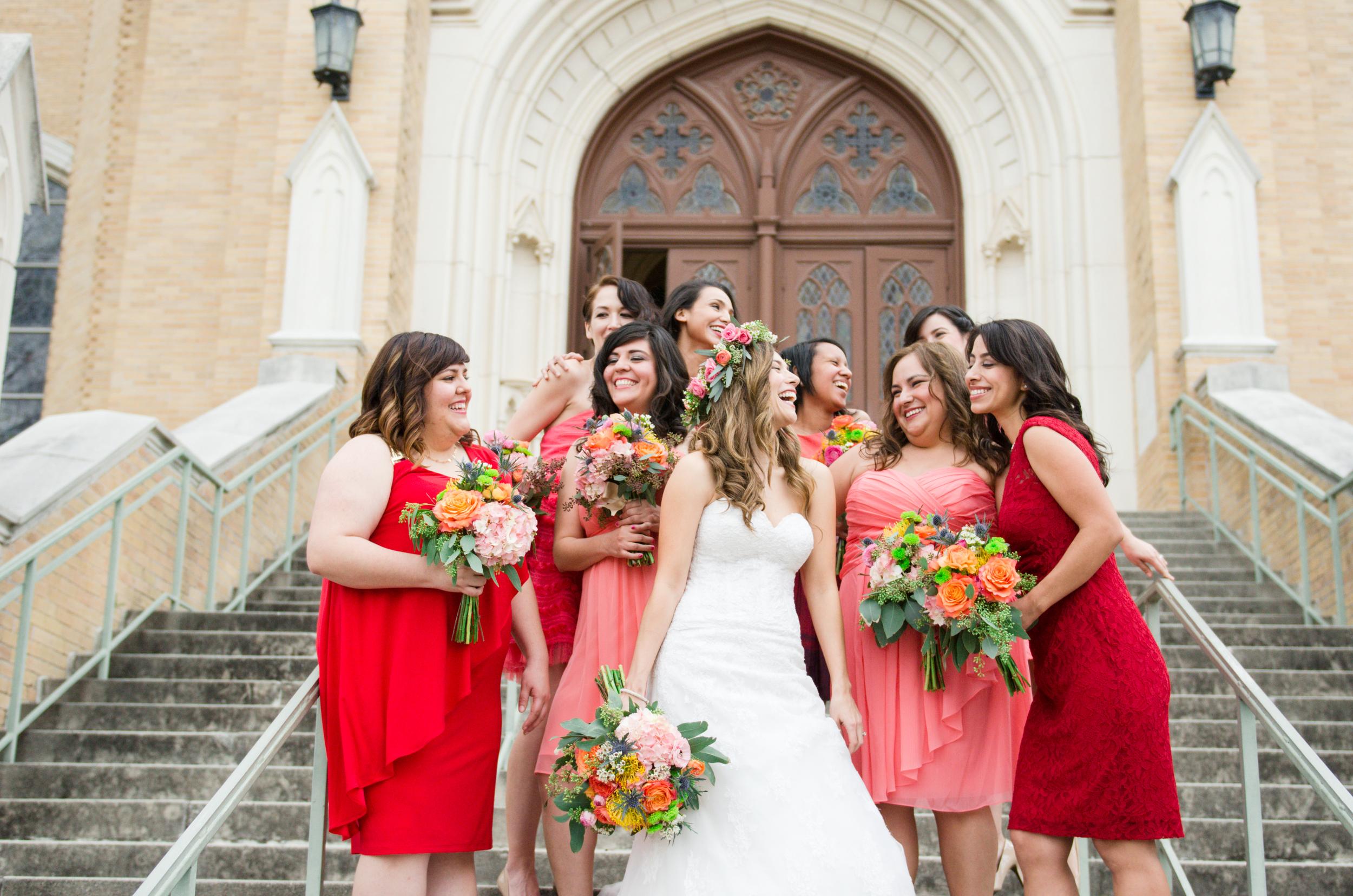 bride&bridesmaid.jpg