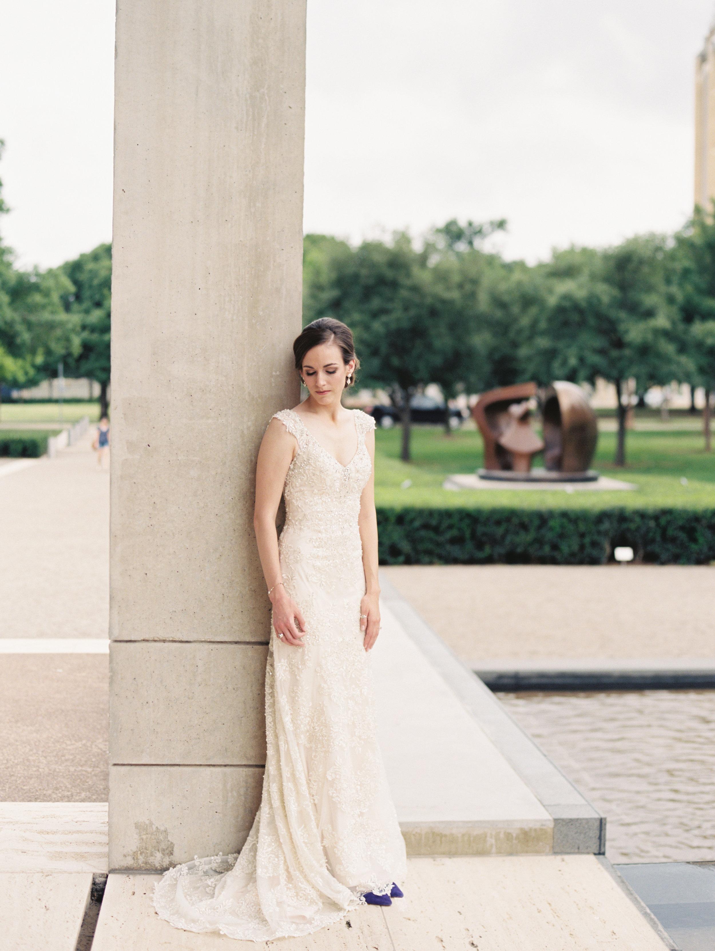 fort-worth-texas-kimbell-art-museum-bridals-ar-photography-lauren-221.jpg