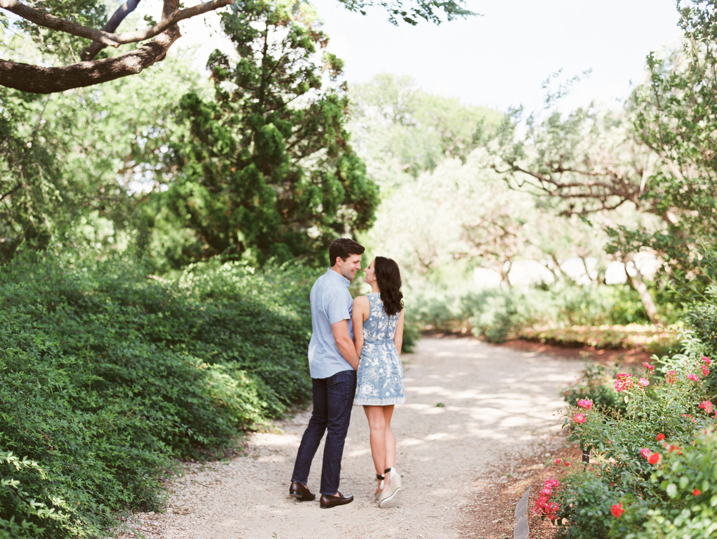 dallas-texas-dallas-arboretum-botanical-garden-engagements-ar-photography-teresa-rowan-43.jpg