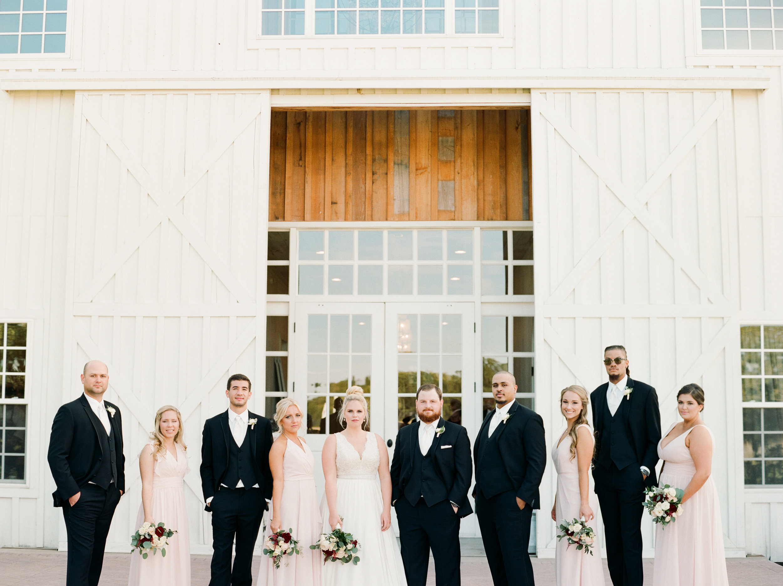 the-white-sparrow-barn-ar-photography-wedding-jennifer-andy-104.jpg