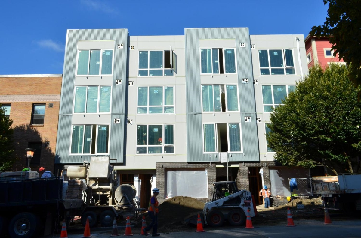 509 1st Ave W Apartments - Studio Meng Strazzara Architects - under construction 2013