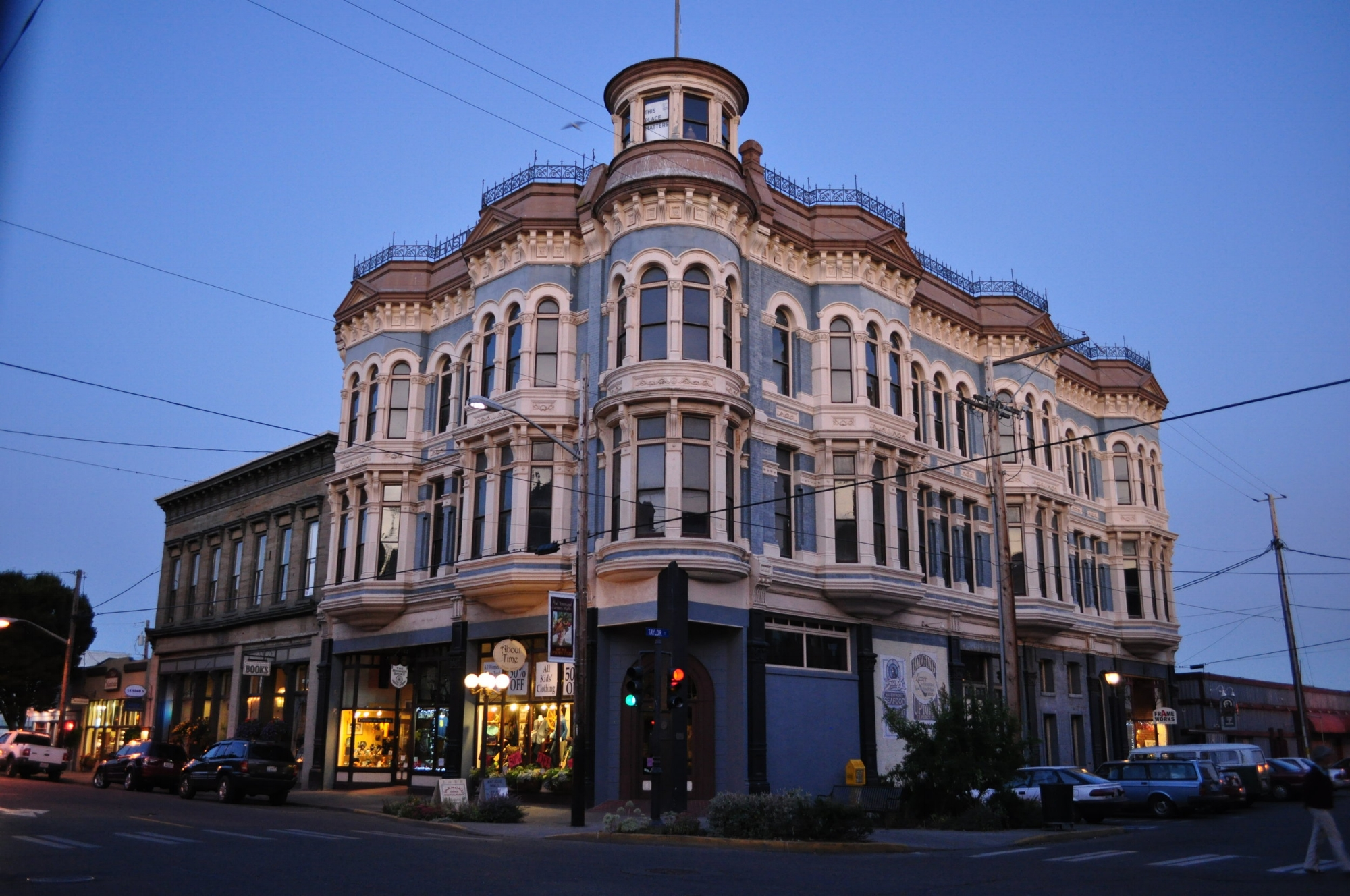 Exterior view of the Hastings Building, Port Townsend, 2011; from Wikimedia Commons, photo by Joe Mabel