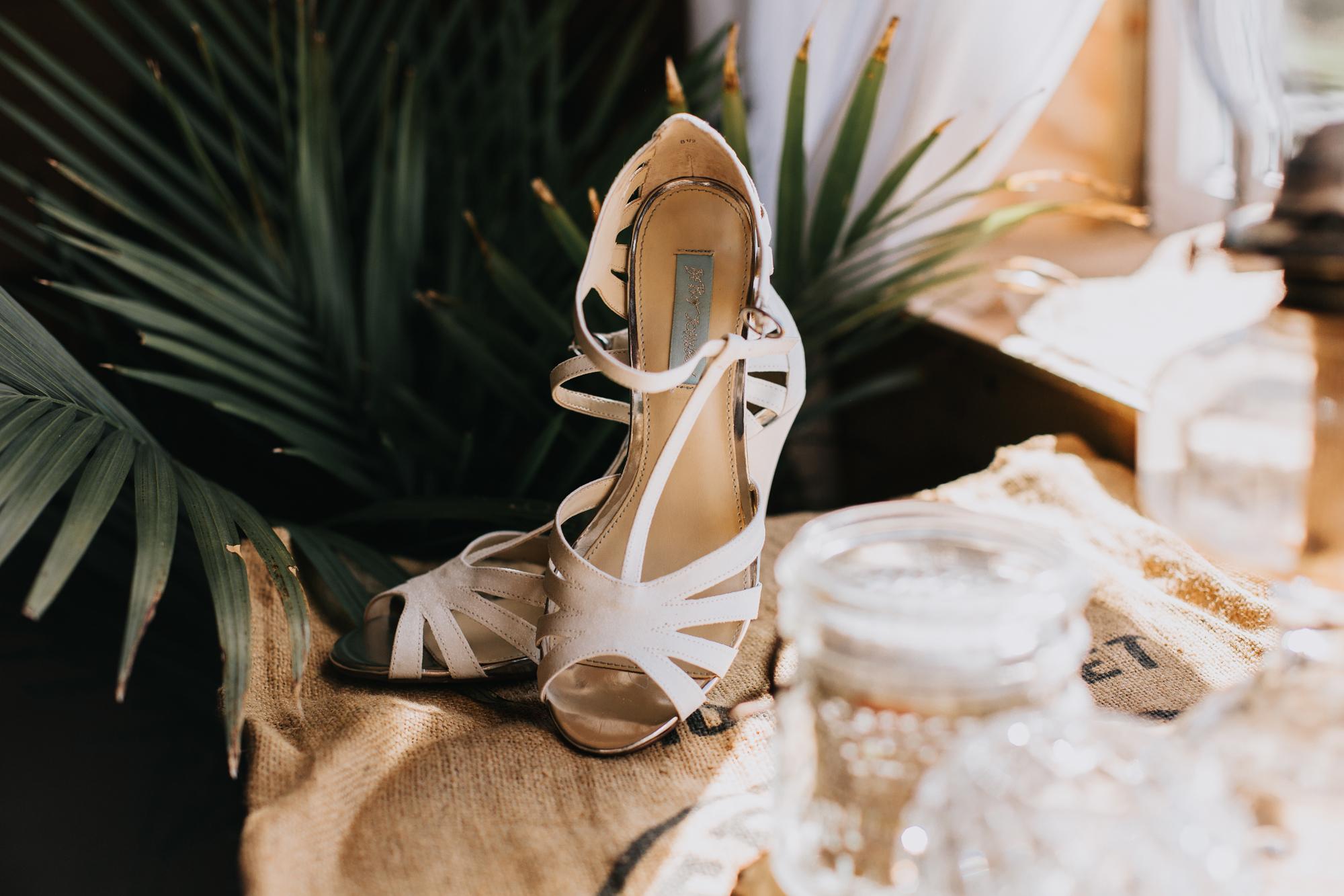 lehigh-valley-wedding-photography-shoe-photo