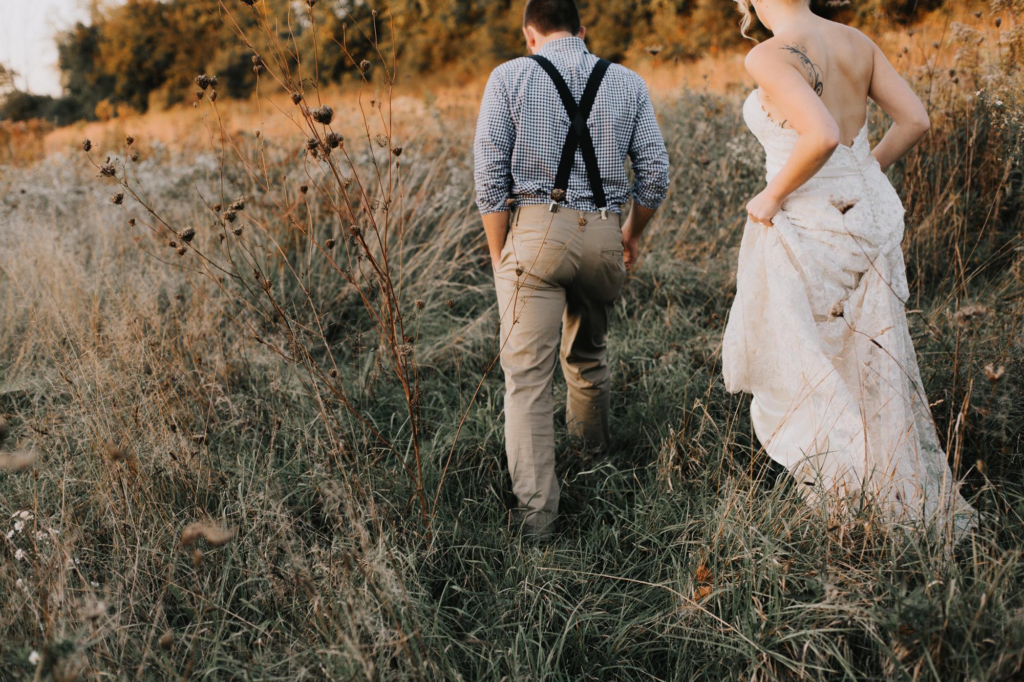 wedding-day-walk-eastern-pennsylvania-photography