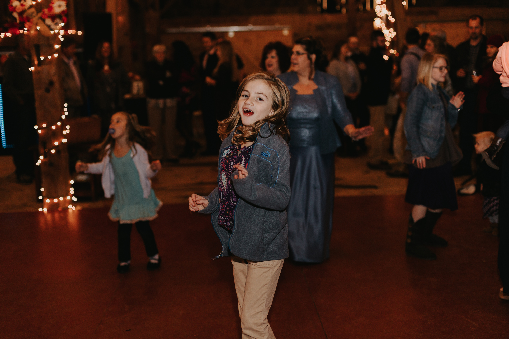 children-reception-dancing-lehigh-valley-wedding-photography