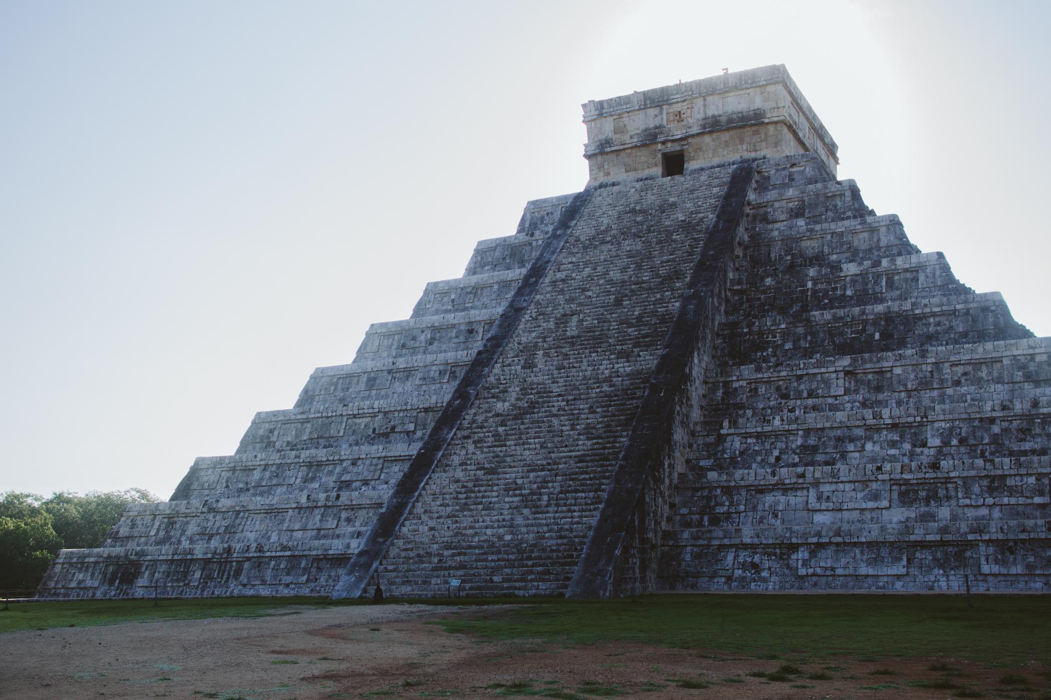 chichen-itza-pyramid-mexico-photography