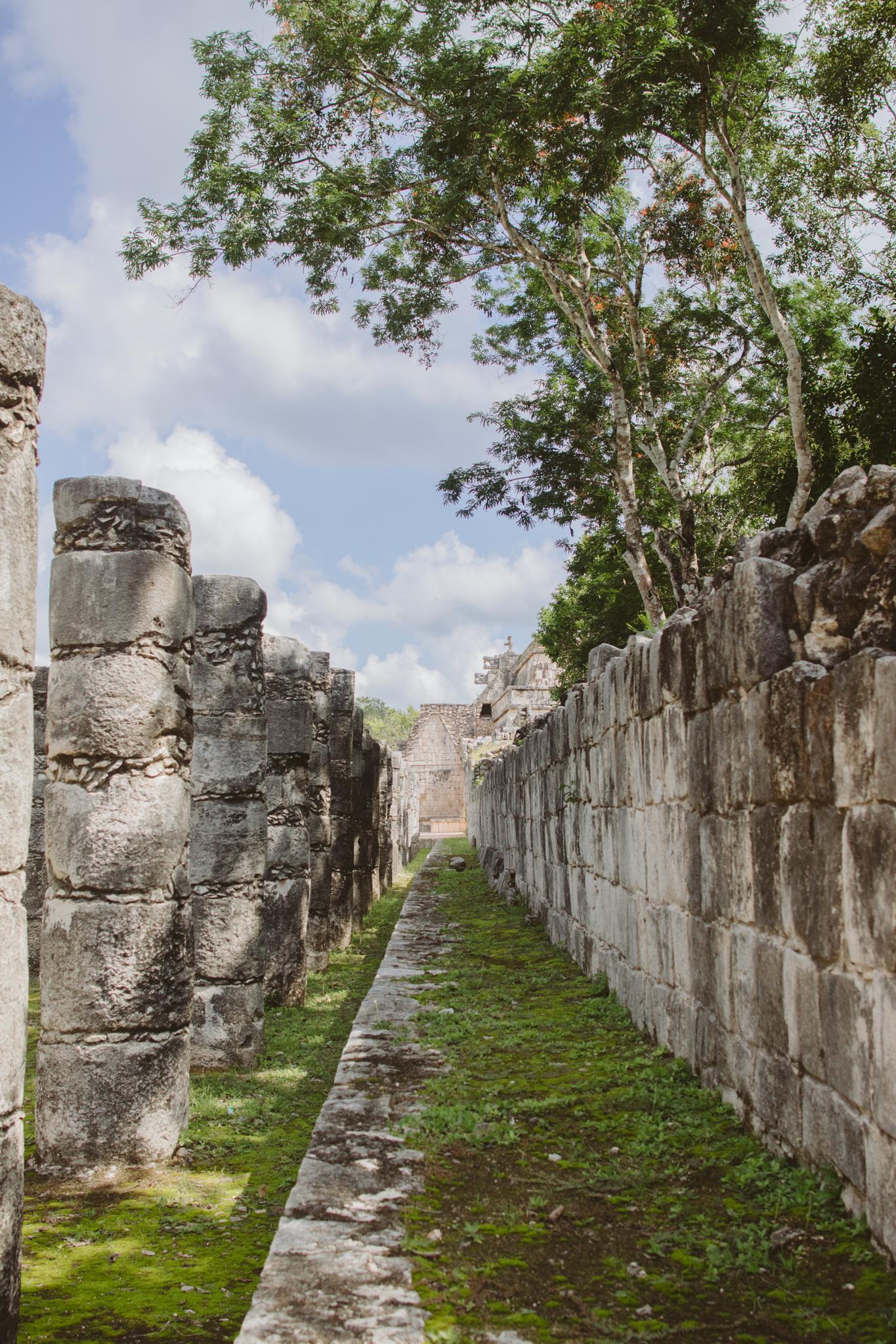 chichen-itza-city-ruins