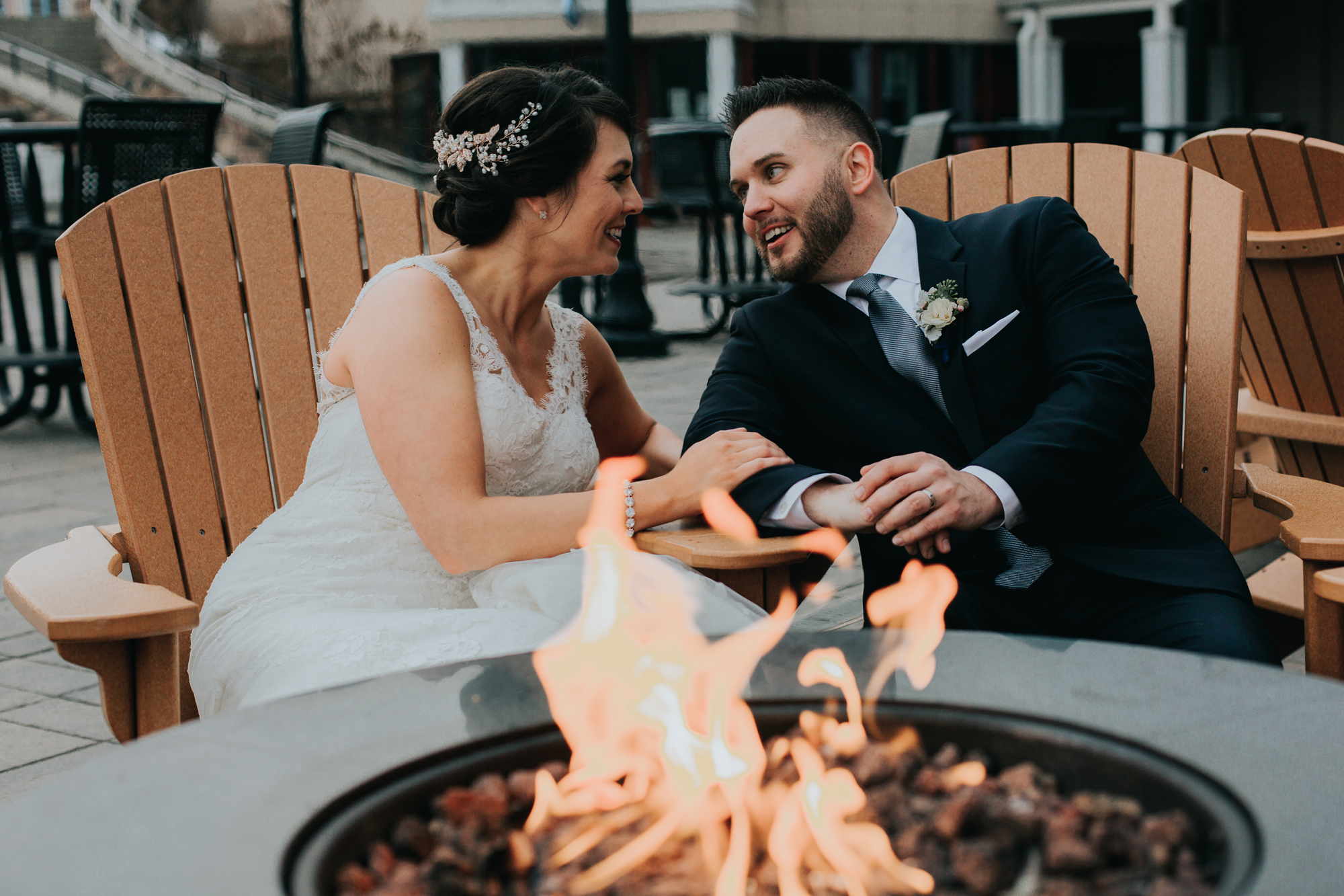 blue-mountain-fire-wedding-couples-photography