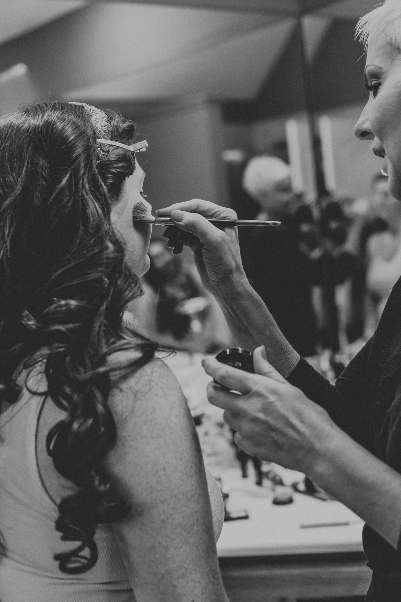 getting-ready-makeup-bride-photography-easton-pa-lehigh-valley
