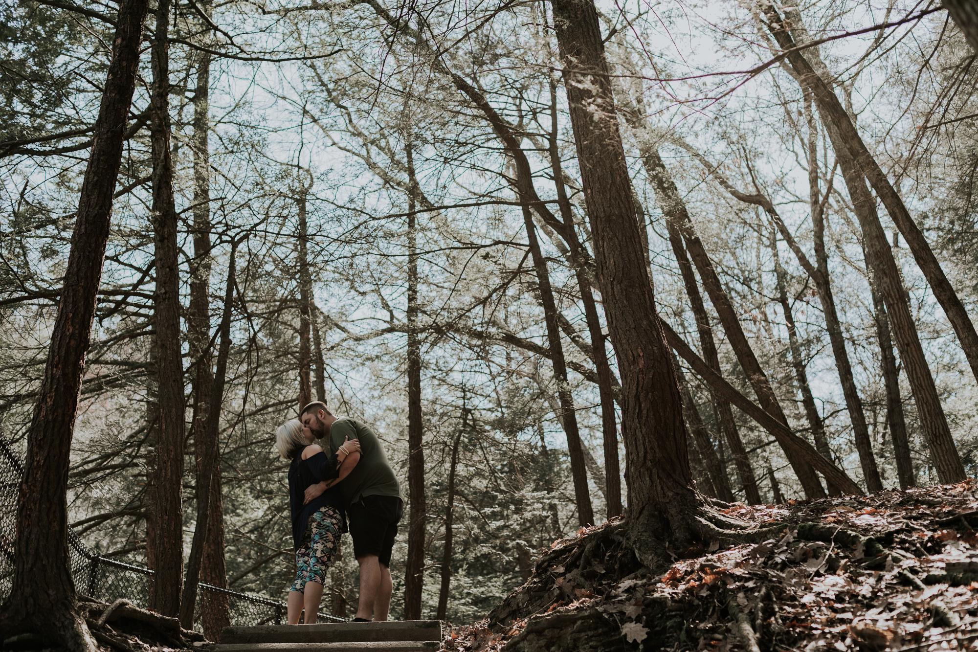 buttermilk-falls-state-park-engagement-photography-24-mm-lens