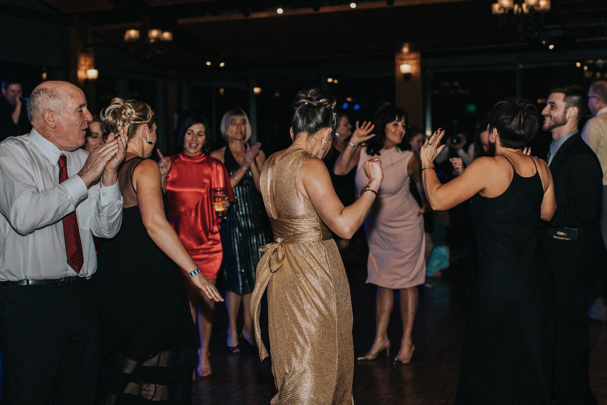 the-zings-dance