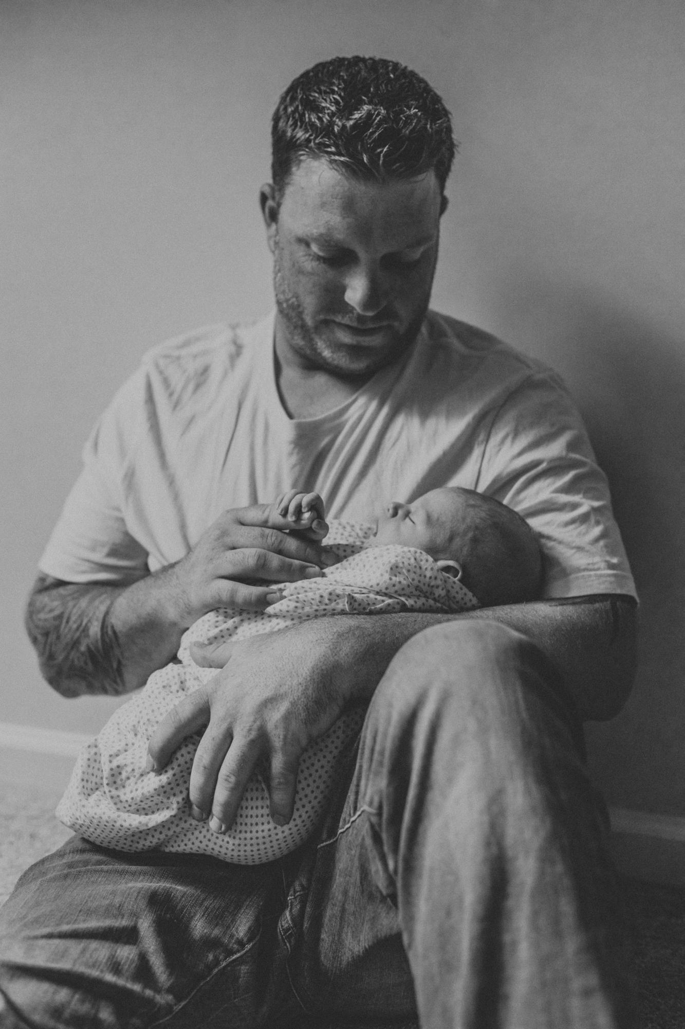 lv-newborn-parent-photography