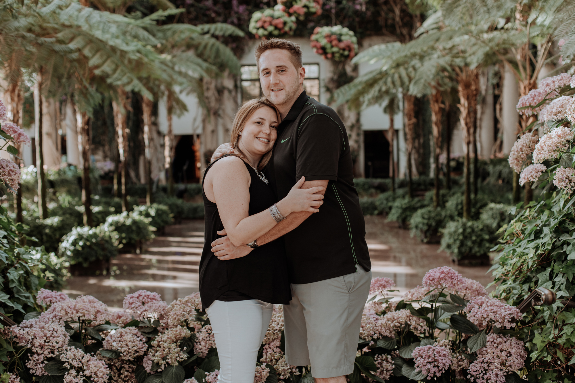 longwood-gardens-couple-and-flowers-photography