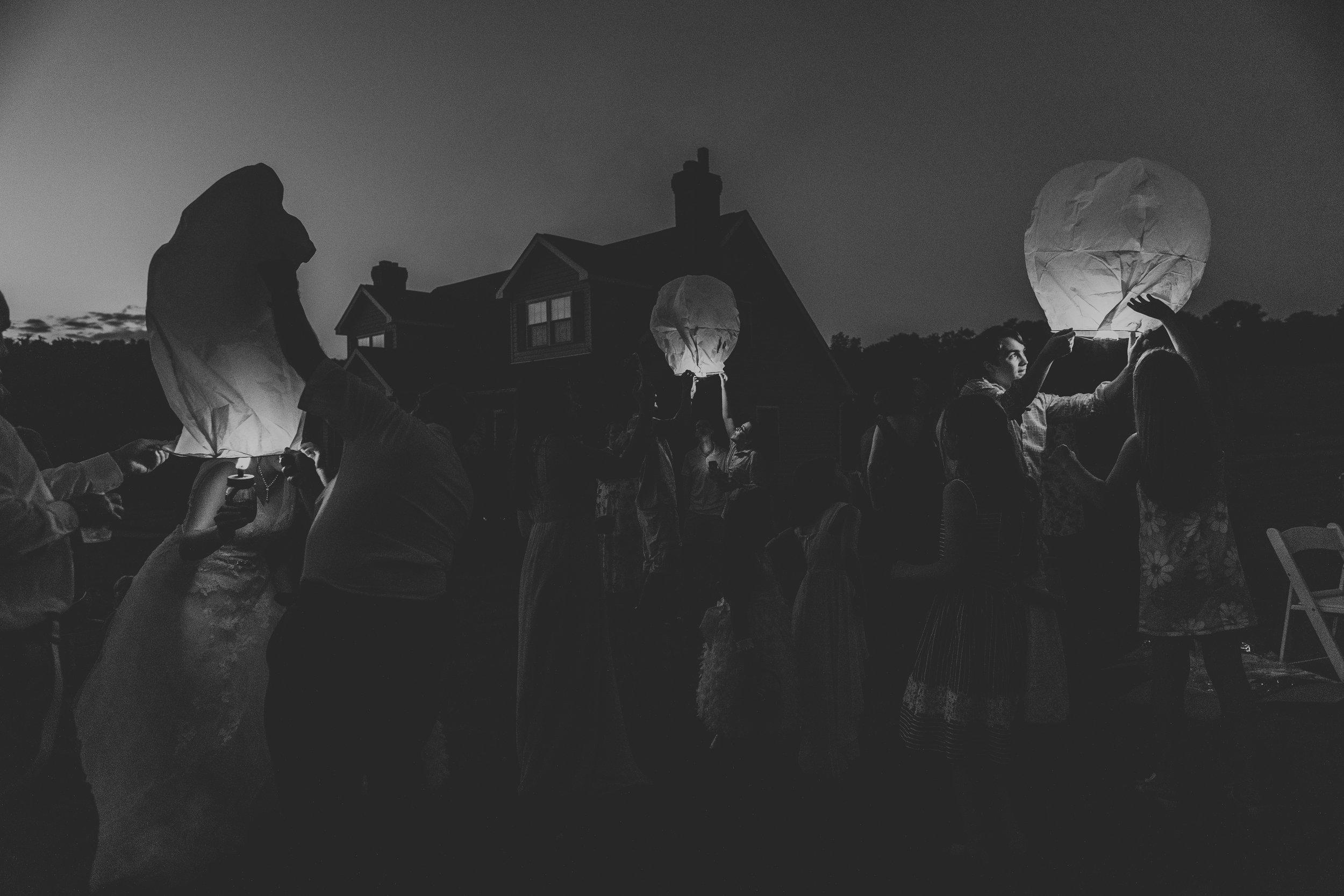 lehigh-valley-lantern-send-off-wedding-photography