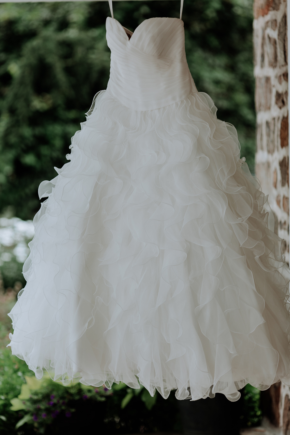 lehigh-valley-wedding-dress-photography-silver-creek-country-club