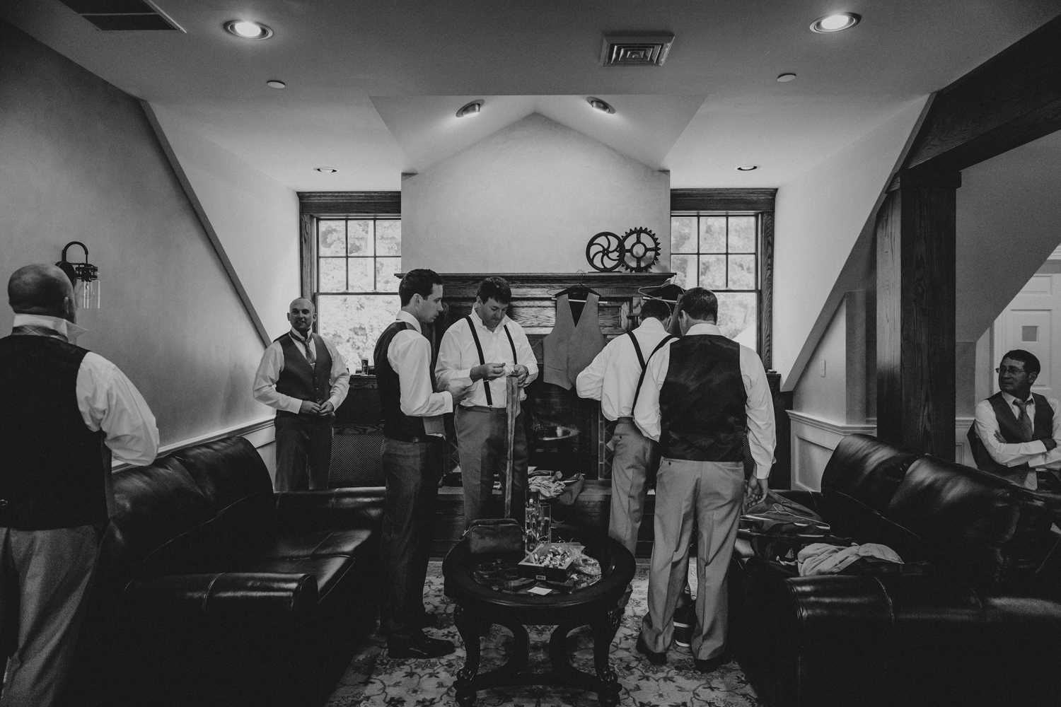 getting-ready-guys-silver-creek-country-club-wedding