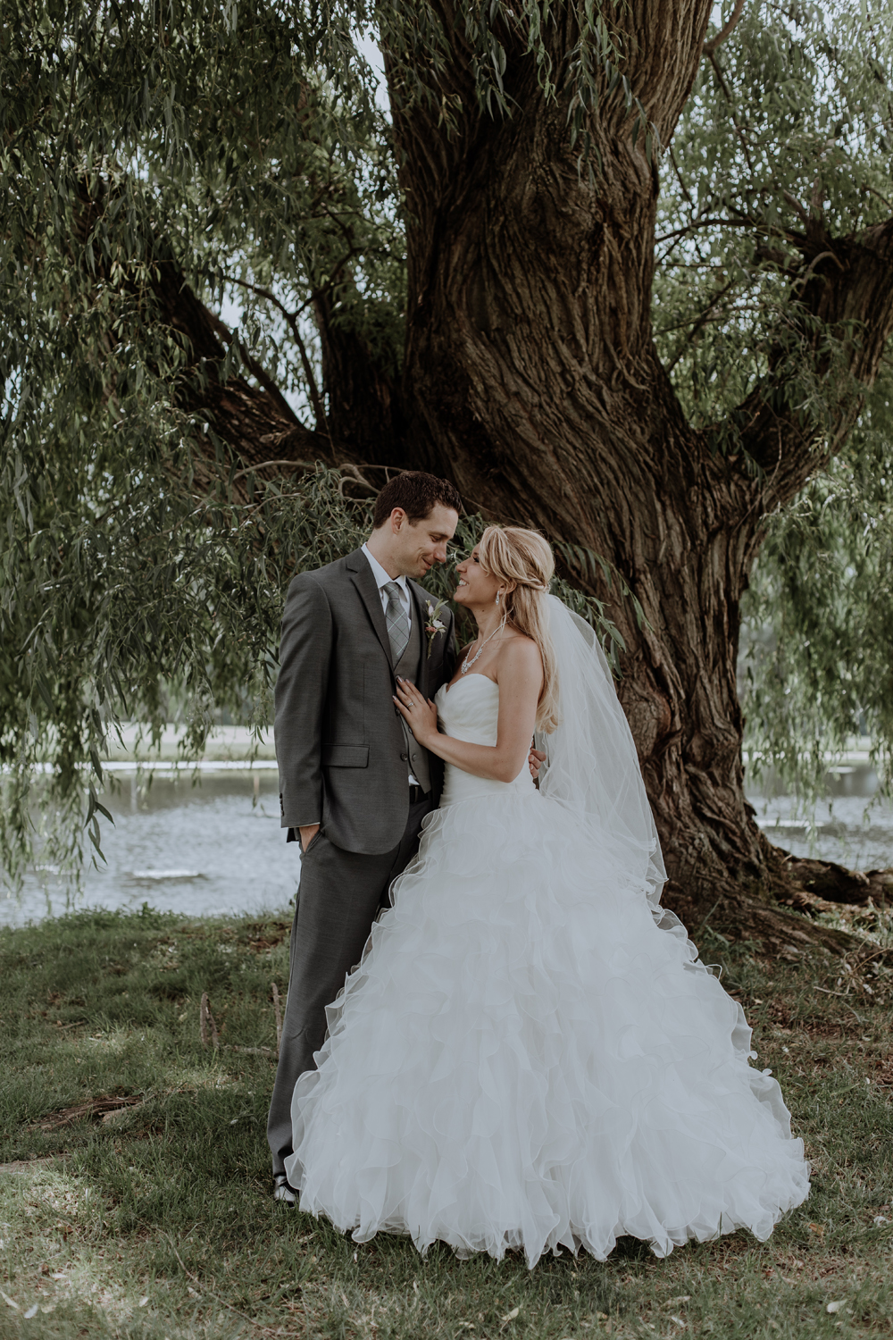 silver-creek-country-club-bride-and-groom-portrait-photography