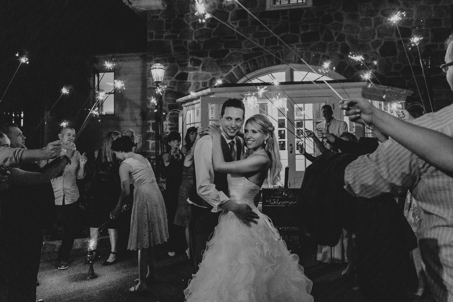 silver-creek-country-club-bride-and-groom-sparkler-exit-wedding-photography