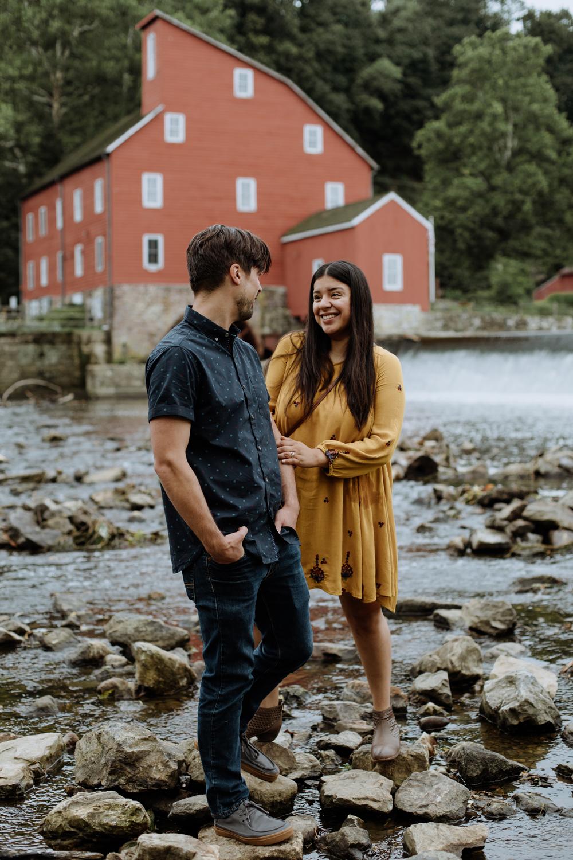 downtown-clinton-couple-photography