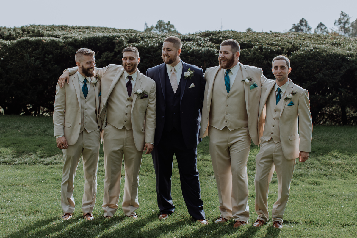the-beeches-conference-center-and-inn-wedding-photography-groomsmen