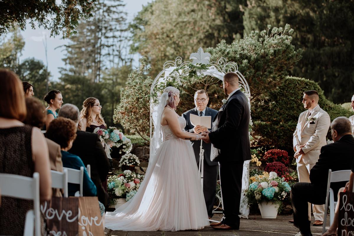 rome-ny-wedding-photography-the-beeches-inn-3