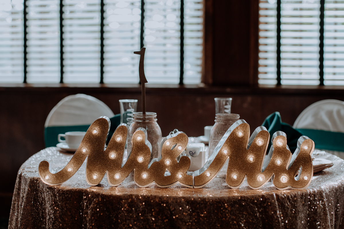 the-beeches-inn-and-conference-center-wedding-photography-reception