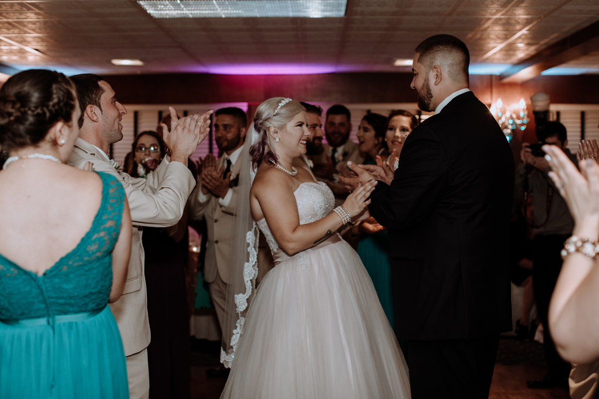 the-beeches-inn-and-conference-center-wedding-photography-dance