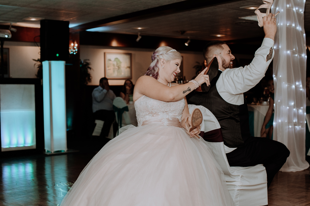 the-beeches-inn-and-conference-center-wedding-photography-8