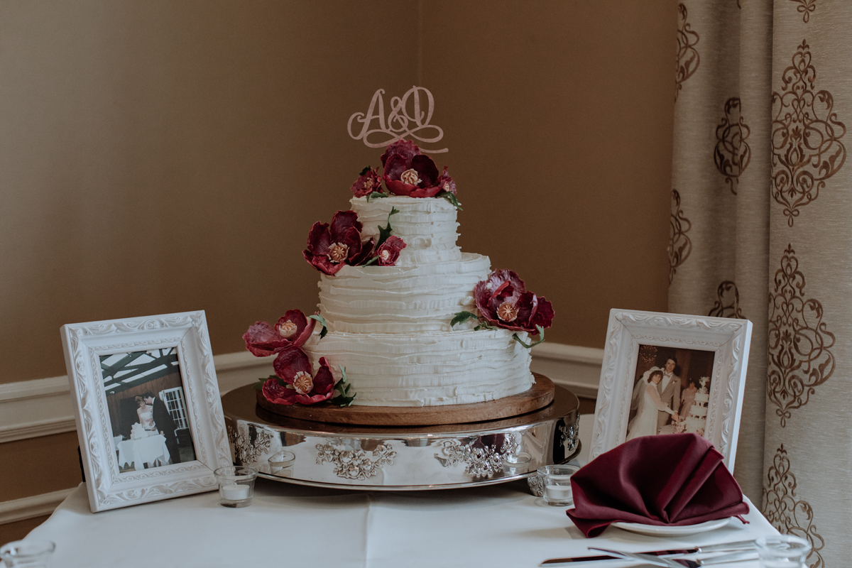 lehigh-valley-wedding-photography-manufacturers-golf-club-wedding-cake-1