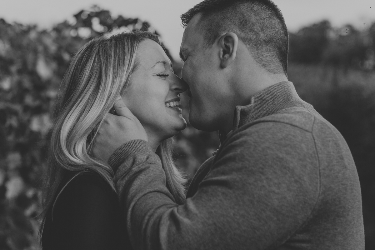 franklin-hill-vineyard-couples-photography