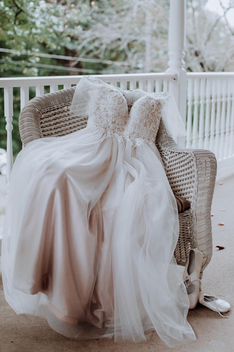 lehigh-valley-bride-dress-photography