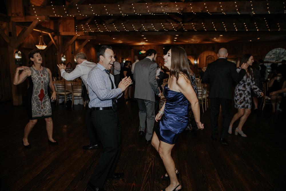 kings-mills-wedding-reception-photography-dancing-2