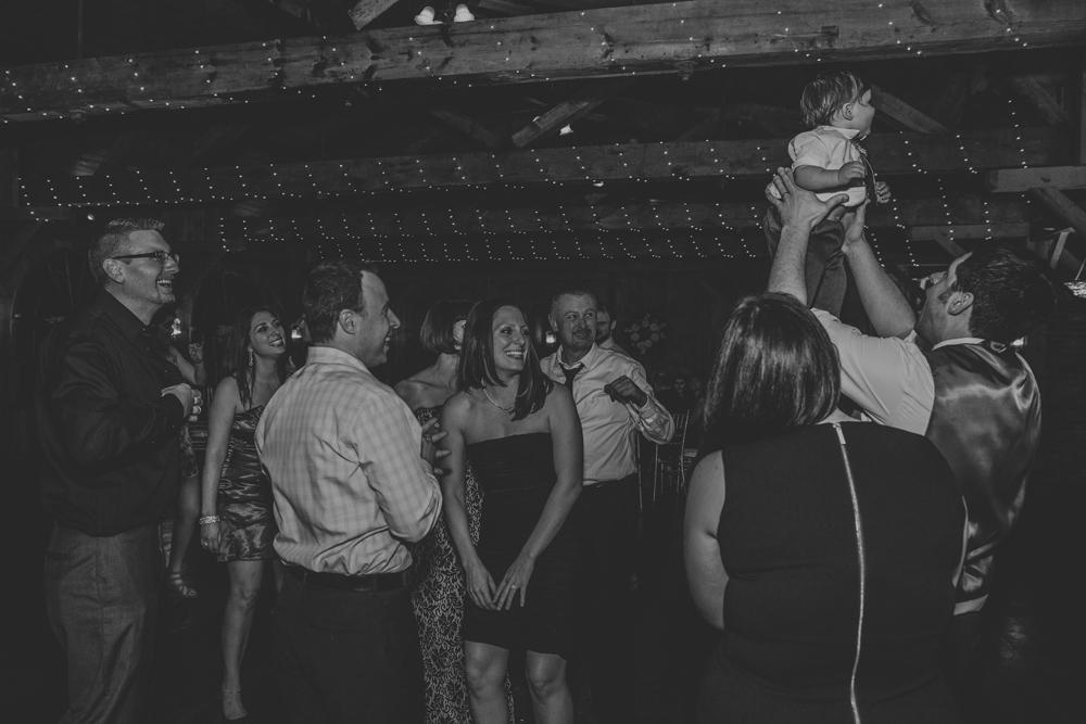 kings-mills-wedding-reception-photography-dancing