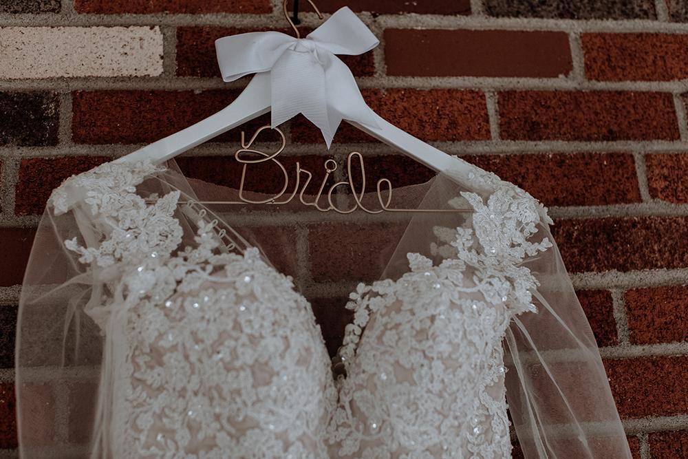 wedding-dress-photography