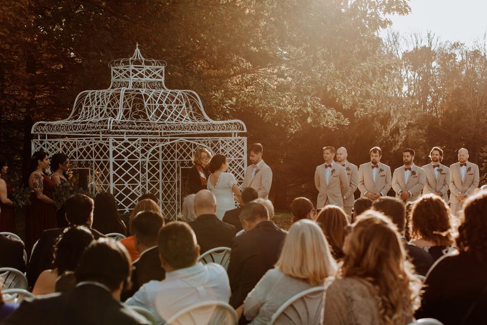 woods-edge-wools-alpaca-farm-wedding-photography-ceremony