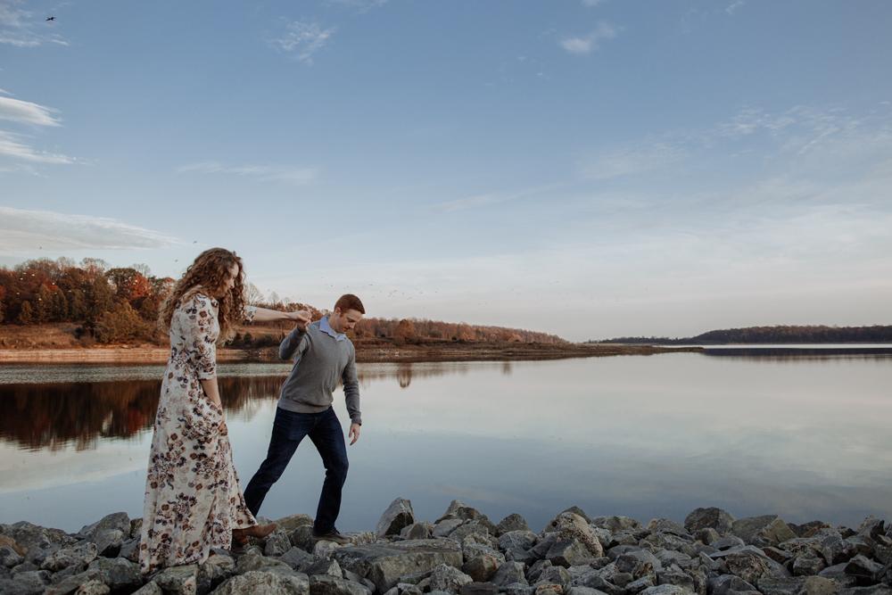 lehigh-valley-photographer-merrill-creek-reservoir-engagement-photography-6