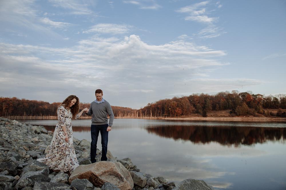 lehigh-valley-photographer-merrill-creek-reservoir-engagement-photography-lovers