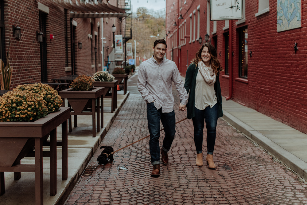 downtown-easton-pennsylvania-alley-photography
