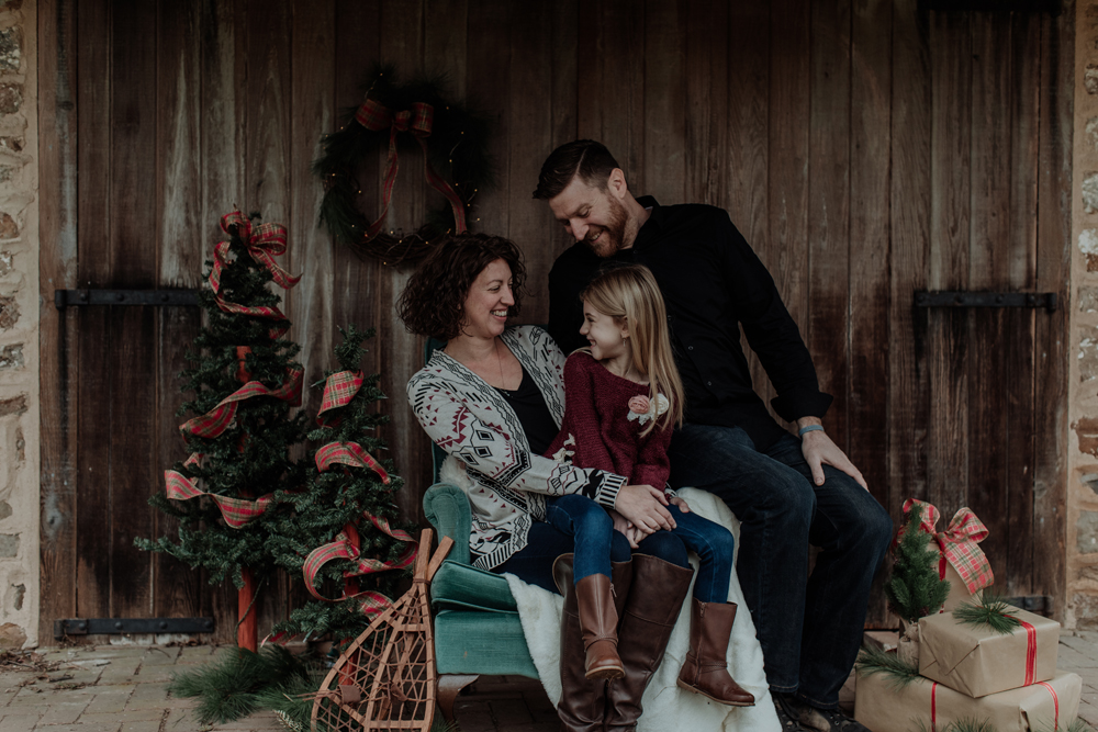 jacobsburg-state-park-christmas-mini-session-photography-11
